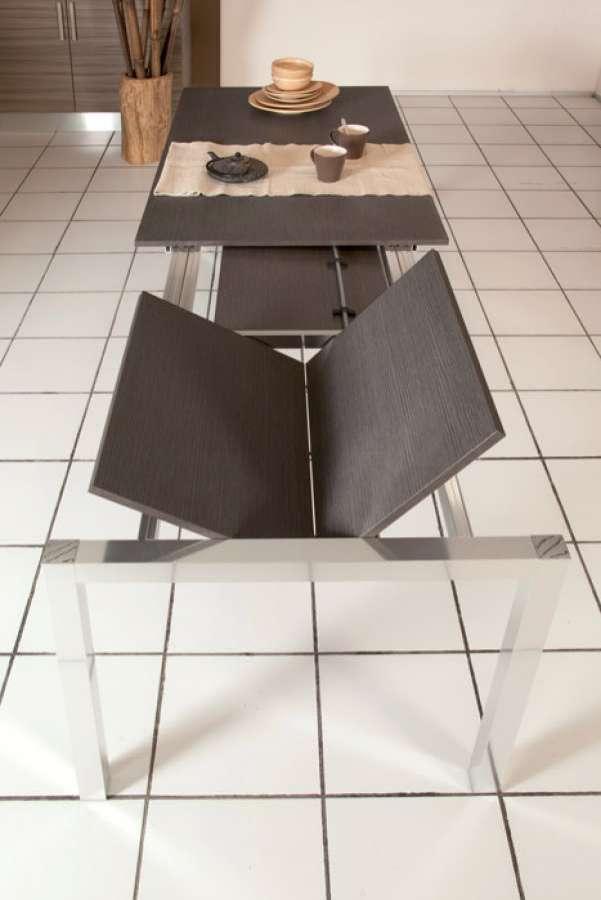 More, il tavolo rettangolare con doppia prolunga
